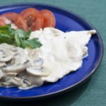 scaloppine di pollo con funghi e panna