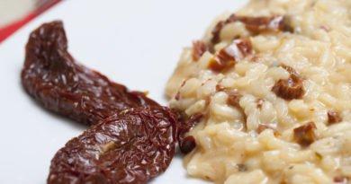 risotto con gorgonzola e pomodori secchi