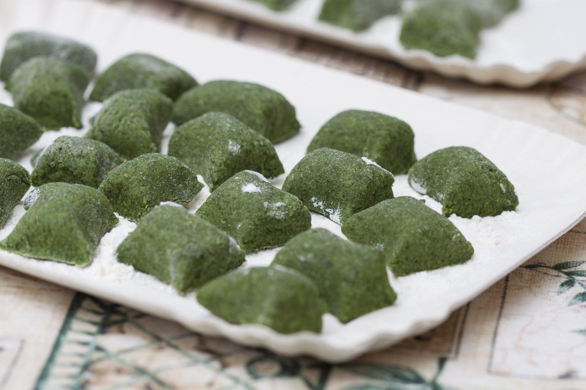 Ricetta Gnocchi Spinaci E Patate.Gnocchi Di Spinaci Senza Patate Fatti In Casa Alternativa Leggera