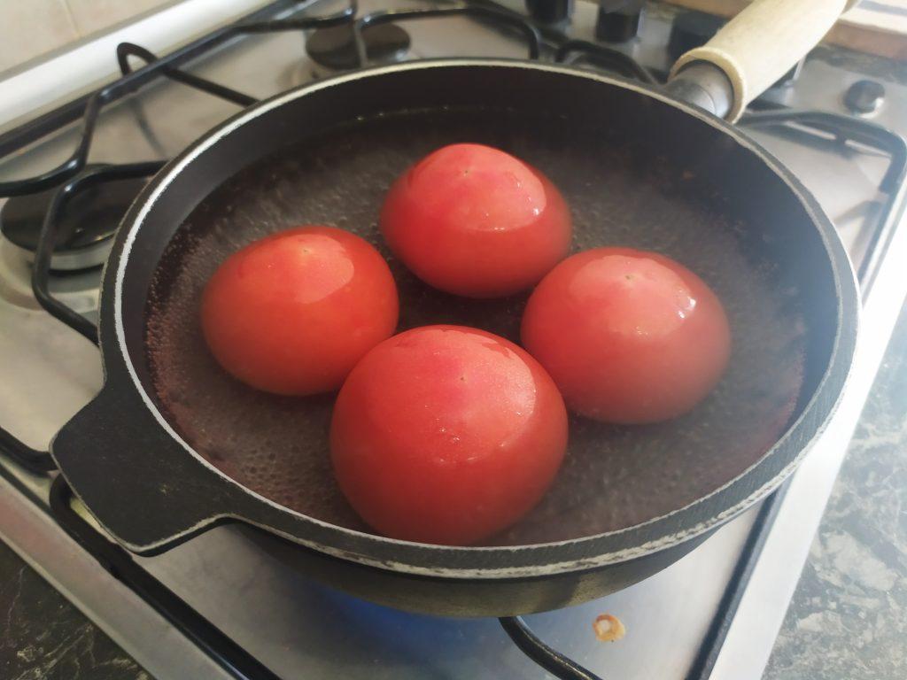 scottare i pomodori