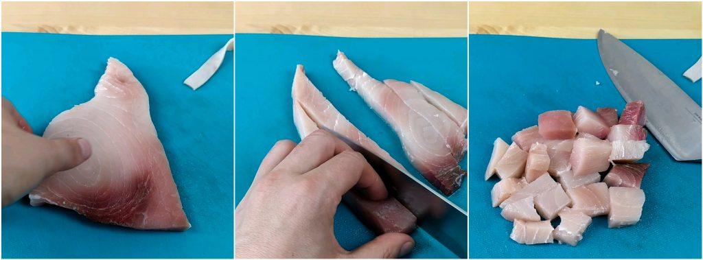 Tagliare il pesce spada a cubetti