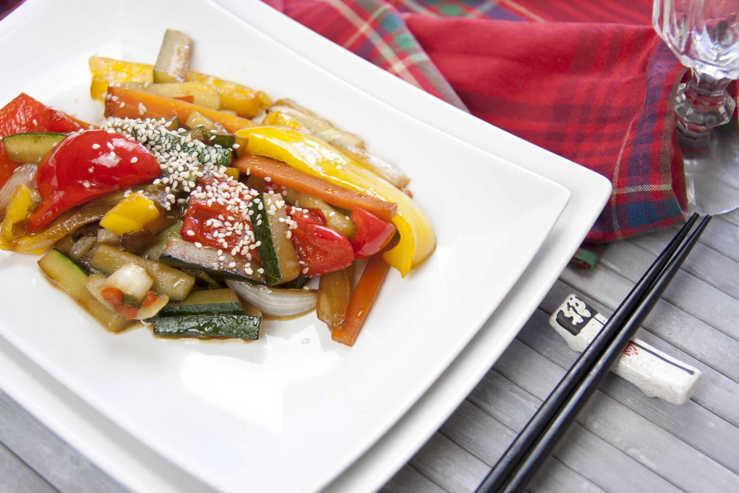 Verdure saltate nel wok alla cinese